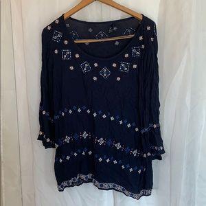 Gap embroidered linen shirt